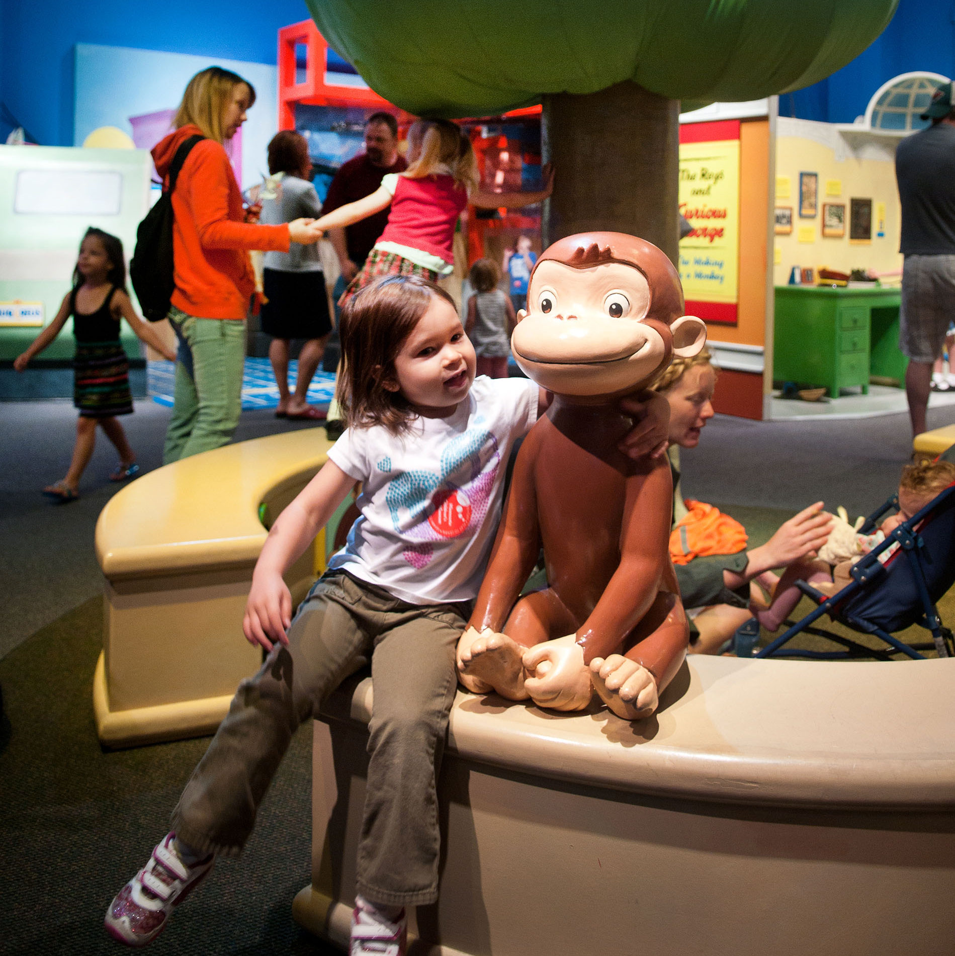 Curious George™: Lets Get Curious!